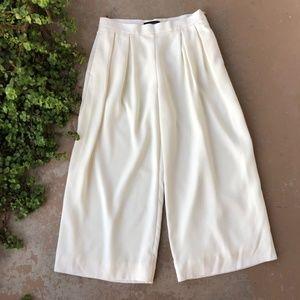Banana Republic White Wide Leg Crop Pants